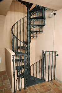 Staircase with two or more flights